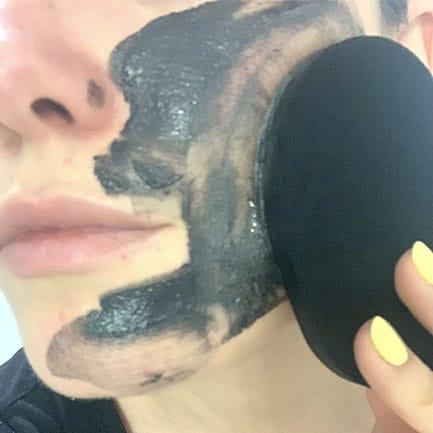 Limpia tu piel con una doble limpieza